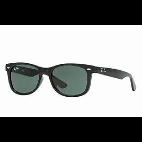 ede8d3ccce Ray-Ban Kids  New Wayfarer Junior Sunglasses Black